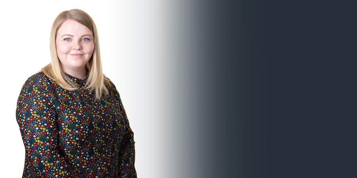 5854 Burnetts web banner Lizzy Humes